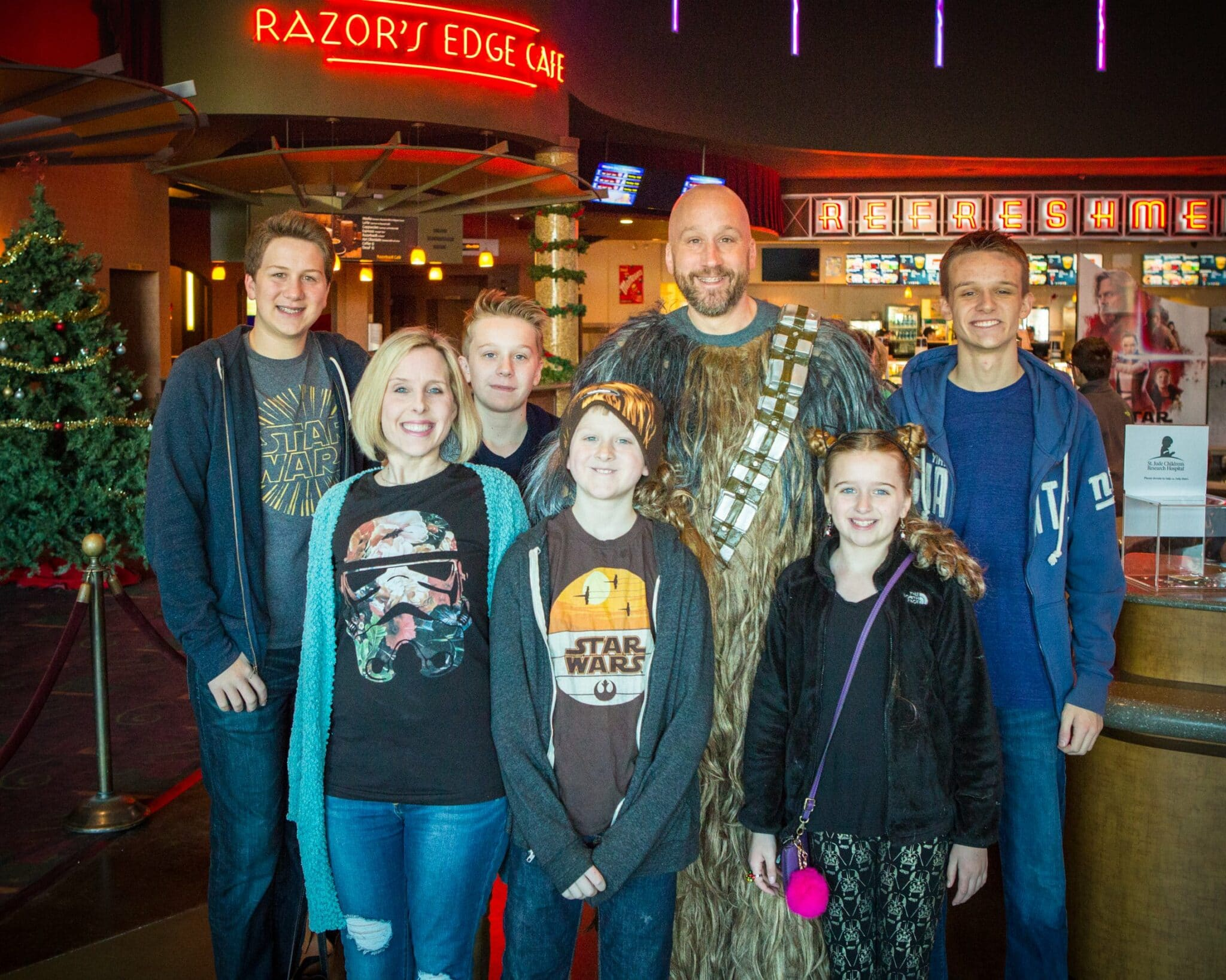 Northwest-Orthodontics-Star-Wars-2018-Star-Wars-Movie-Day-Fayetteville-Arkansas-13-of-38